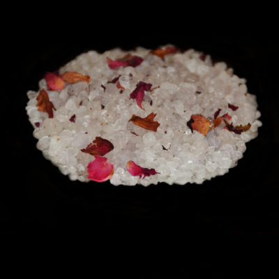 DEAD SEA SALTS USE 400x400 - MOTHER MARY BATH SALTS 120ml